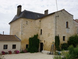 Cozy apartment to enjoy your relaxing vacation in the French Countryside.