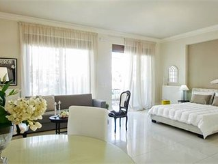 Maritina Luxury Apartment/Wifi/ AC/City center