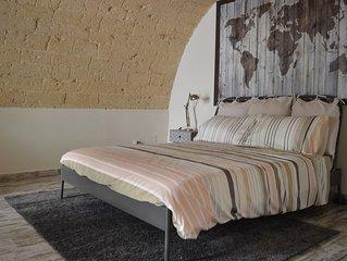 CASA RANIERI- centro storico Bari-intero loft indipendente