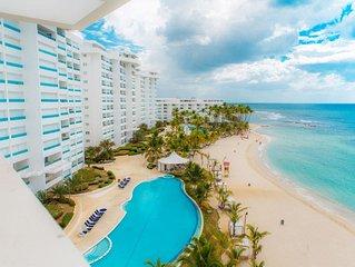 Luxury Beach Apartment  Condominio Marbella