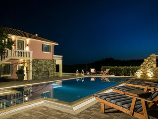 Villa Athinais - Relax in nature, private swimming pool, barbeque