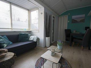 Strandhuis Jans! Knus huisje gelegen op 2 minuten loopafstand van het strand.