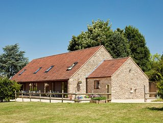 By The Byre Holiday Cottages near to Longleat Safari Park and Bath