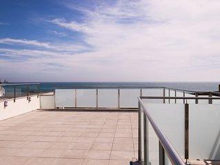 Villa 12 pers avec toit terrasse vue sur mer et acces direct sur la plage. Wifi