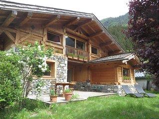 Beau chalet a Chamonix au calme , jardin arbore plein sud, vue magnifique.