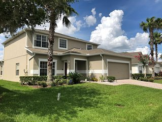 5 Bed, 3 Bath executive home on secure gated community, 15 mins from Disney