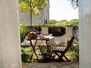 Apartamento Marina con magnifico giardino, a due passi dalla spiaggia, barbecue