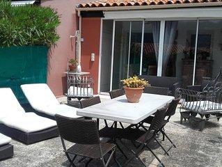 Appartement t2 type maisonnette avec jardin  vue mer