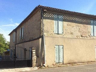 Vast 5 bed family home in village location with private pool 25mins to Bergerac