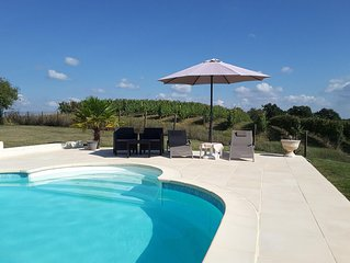 Superbly Fitted Gite in Idyllic Location Surrounded by Vineyards. NEW 2016