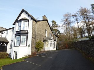 Great location,  quiet yet 5 mins Bowness centre, with walks from the door
