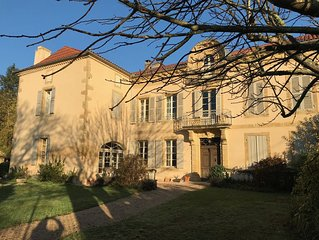 Beautiful Maison de Maitre with large garden and private pool
