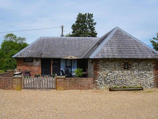 Delightful Pet and Family Friendly 2 bedroom Cottage in Challock, Kent