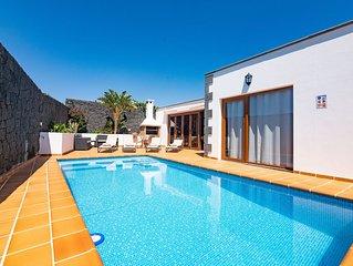 Villa íntima, espaciosa y confortable, ideal para familias y grupos de adultos