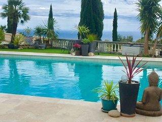 Villa 1/4pers.PMR.Vue Mer sur la plus belle Baie du Monde PiscineCalanquesPlages