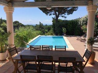 Villa spacieuse vue mer avec piscine a debordement