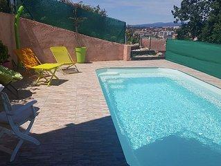 Saint-Raphaël, appartement  en rez de  jardin avec jardin privé et piscine