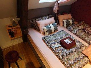 Stylish Bedroom in Downtown Ålesund near bus station