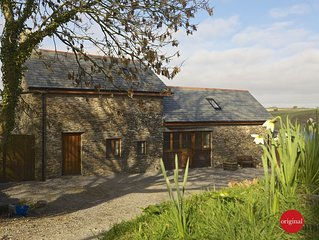 Farm holiday cottage near Totnes, peaceful with beautiful views