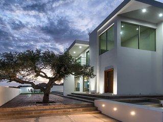 Hermosa casa con vista al mar