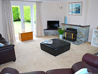 Little Acre Holiday Bungalow Cornwall, spacious & stylish, surrounded by beaches