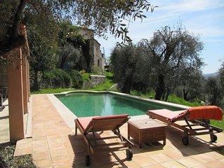 Mas provencal avec piscine  / Grasse 6/7 personnes