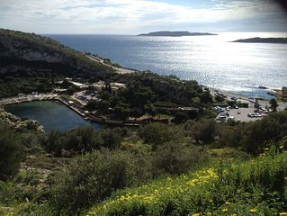 An island feeling - beautiful apartment in Vouliagmeni, South Coast of Athens