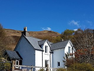 Bracara Cottage with stunning views of Loch Morar.