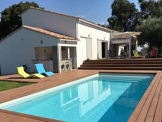 Villa 12 personnes, accès direct mer, piscine et rivière, climatisation
