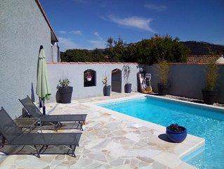 Jolie villa avec piscine, entre mer et collines