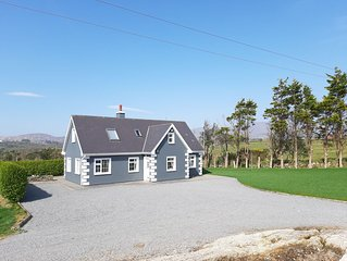 Tallon Lodge OFFERS BEST DEALS in a comfortable and welcoming detached cottage.
