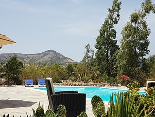 Landelijk gelegen villa met zwembad, in het zuiden van Sardinië