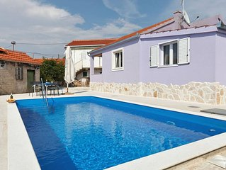 Holiday home Nancy with pool ****