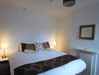 Cricketers (Serviced Apartment by Taunton Train Station)