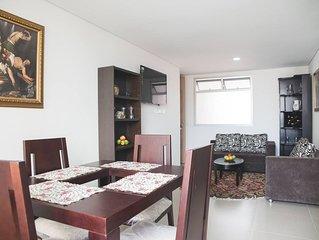 Habitacion en apto moderno, centrico, en Laureles, Medellin. Solo una persona