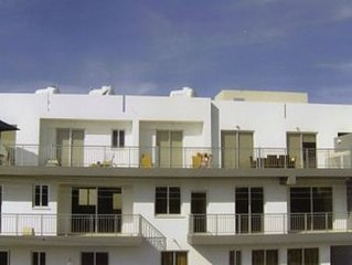 230sqm Penthouse, Lift, Shared Pool, Facilities, Secure Parking,family friendly
