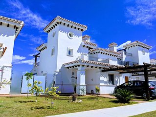 2 Bed 2 Bath Villa - PRIVATE POOL - Golf Views - WiFi - A/C May Availability