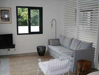 Ruime moderne studio met groot terras/tuin in res. LES CYCLISTES