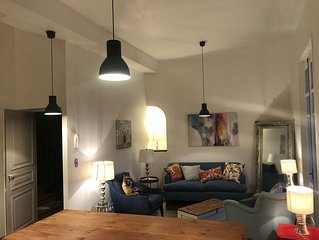 Gorgeous spacious apartment in Collioure superbly located in the old town