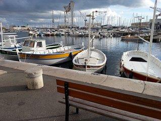 T3 lumineux  au coeur de la Ciotat a 2 pas du vieux port