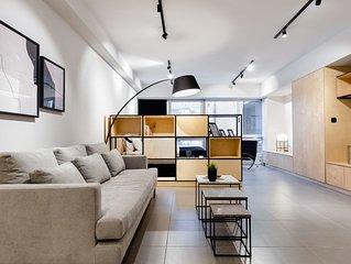 Ermou str. Elegant 1BD Apartment - Black