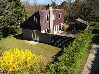 Vrijstaand huis van 95m2, exclusief aan de rand van het park, tuin 700m2
