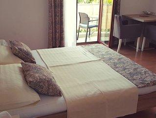 Ferienwohnung in Rovinj (Borik) ruhige Lage - 150m vom Strand - Balkon - Klima
