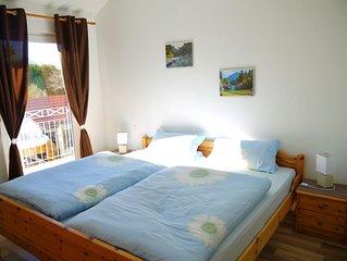 Modern ausgestattete Ferienwohnung im Obergeschoss in absoluter Ruhe.