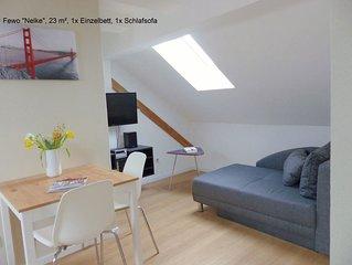 Kleines Apartment unter dem Dach , 23 m2, ruhige Lage, zentrumsnah,