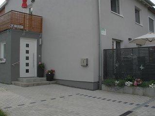Komfort-Wohnung, Terrasse, ruhige Lage, zentrumsnah, Ferienwohnungen Flora