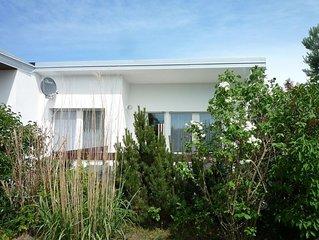 Ferienhaus/Bungalow in Koserow am Uferwald mit Terrasse und PKW-Parkplatz