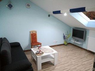 2 Zimmer Dachgeschoss, 1 Bad -Nichtraucher-