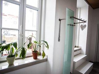 Gemütliche 2 Zimmer Wohnung mit Terasse, neben Stadthalle, gleich an der UBahn
