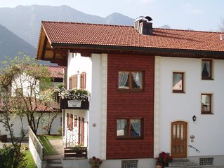 3-Sterne FeWo mit Terrasse, Bergblick, verkehrsberuhigte Zone, zentral